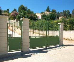 ferronnerie ferronnerie portail fer forg ferronnerie d 39 art ferronnerie marseille 13. Black Bedroom Furniture Sets. Home Design Ideas